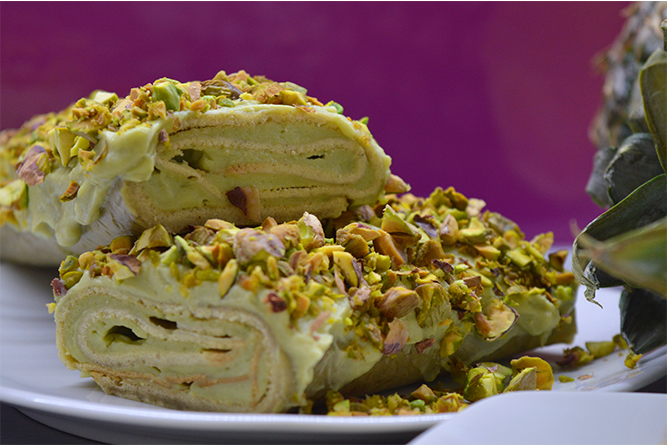 Matcha roulade with pineapple